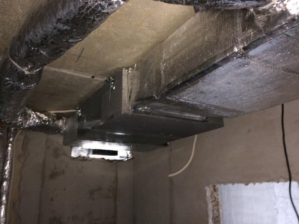 Система кондиционирования скрытого монтажа в квартире
